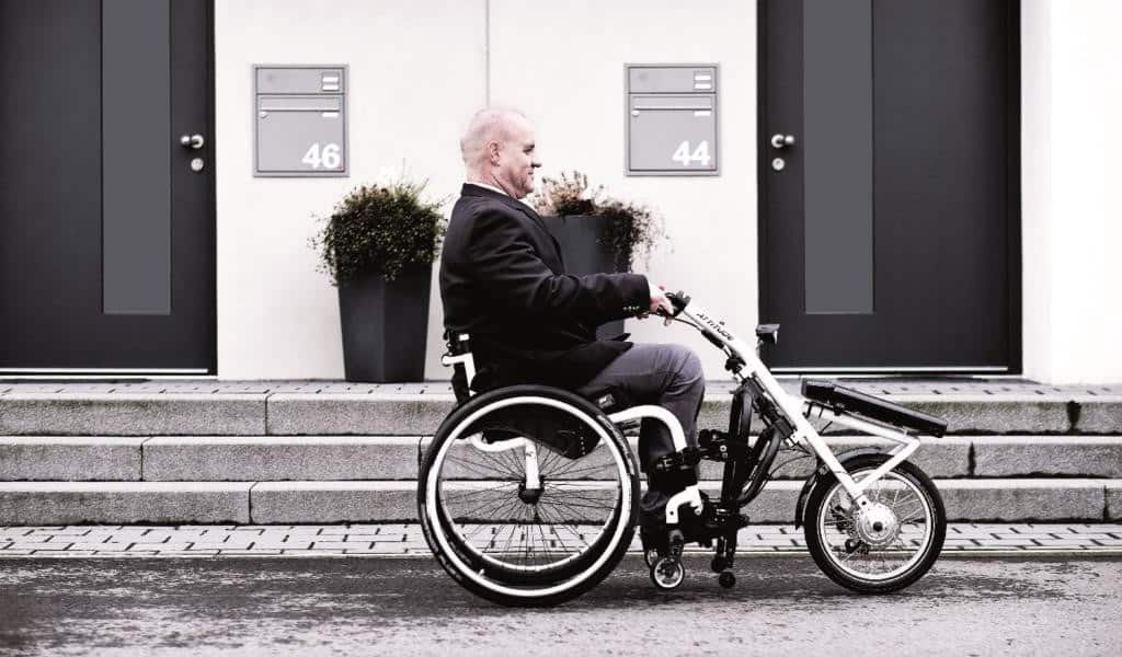 wheelchair access width
